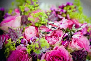 Send Flowers to Russia & Worldwide - gift & flower delivery